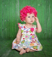 Rezervari sedinte foto pentru copii, bebelusi si nou-nascuti in sutdio sau afara. Fotograf profesionist pasionat de copii, portrete copii, Timisoara, Oradea. Fotografii artistice.